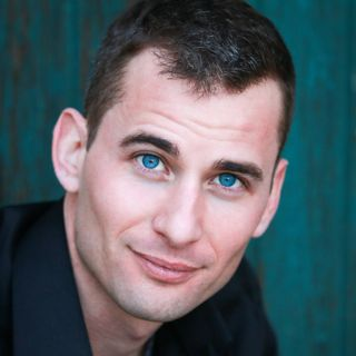 """Take the stage with confidence:  A talk with """"The Power to Speak Naked"""" author Tyler Foley"""