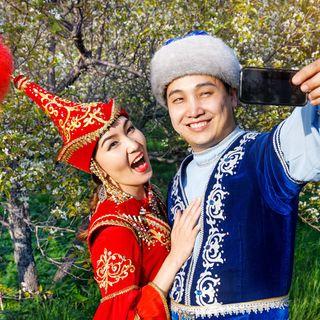 Kazakistan'da pandemi dönemi, asgari ücret, düğün ve kültürel hayat (Gazeteci Meiramgul Kuspan)