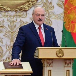 Bielorussia, l'Ue: Il giuramento di Lukashenko è illegittimo. Alle proteste di Minsk centinaia di nuovi arresti