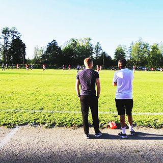 Mani Berisha är fotbollsspelare och tränare