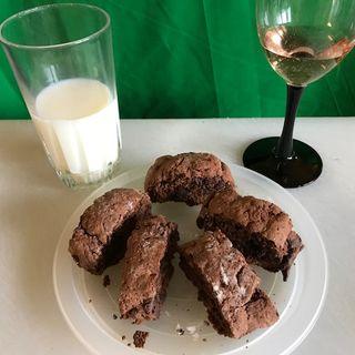 Jingle of Lillian's Organic Tasty Treats