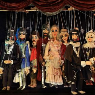 PINOCCHIO capitolo 10 - Il gran teatro delle marionette.