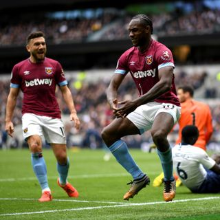 Hammers end Spurs' perfect home run