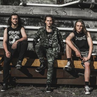 Getting The DOWNLOAD With ALIEN WEAPONRY