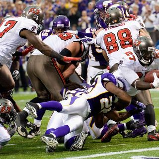 Purple People Eaters: Vikings vs Tampa Bay Preview! Will Vikings Make Playoffs?