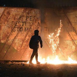 La scintilla della Brexit, il fuoco nelle notti di Belfast. Dialogo con Antonello Guerrera