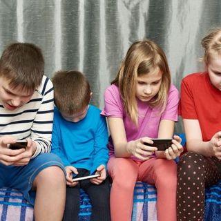 El uso de las redes sociales en niños y adolescentes
