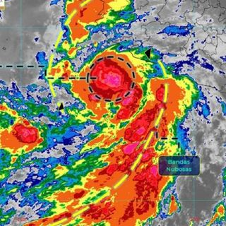 Tormenta Tropical Enrique se intensificó a huracán categoría I