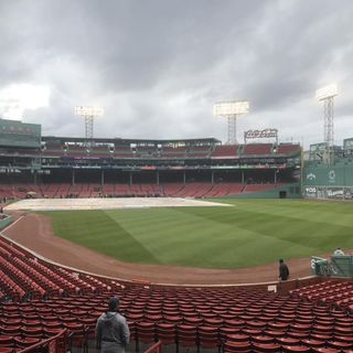 Pro Baseball Central: Live From Fenway Park!