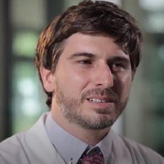 Amiloidosi ereditaria da accumulo di transtiretina: che cos'è e come si manifesta
