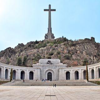 #LaCafeteraLaLosa .- ¿Cómo responder al Prior que frena la exhumación de Franco? Análisis con @emilio_silva_ .Y además @Maydayterraneo