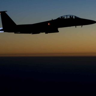 Cold War Radio - CWR#477 Syrian Warplane Bombing: A Turning Point In The Conflict?