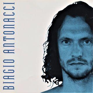 """Parliamo di Biagio Antonacci e del suo album omonimo del 1994, da cui fu estratto il singolo """"Fino all'amore""""."""