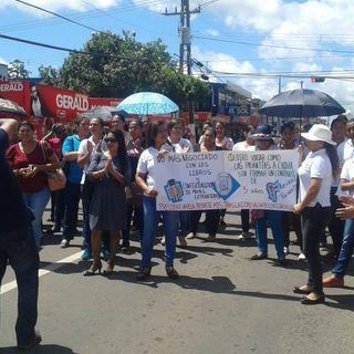 Martes 13, concentración de docentes en Cárdenas, contra atentado de Decretos de Panama Bilingüe #ProgramaciónSabatinaAEVe