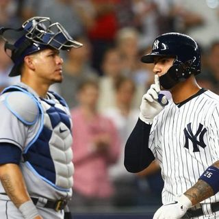 Bronx Bombers #018 | Yanks Keep Winning | Which Pitcher Should We Trade For? | DH in NL? | Andrew Rotondi pt. 1