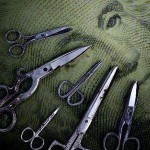 (2010/11/18) Cuts like a knife (Economics)