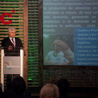 NUESTRO OXÍGENO Ciencia para servir a la humanidad - Dr Luis Orlando Castro Cabrera