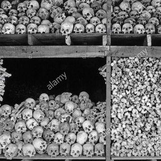 141 - I martiri del comunismo