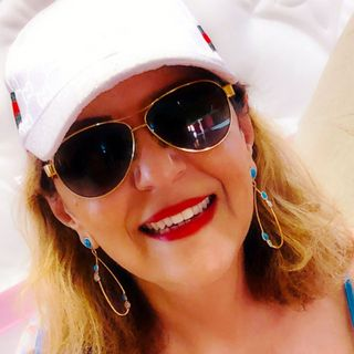 Interview with British Author Lois Pryce