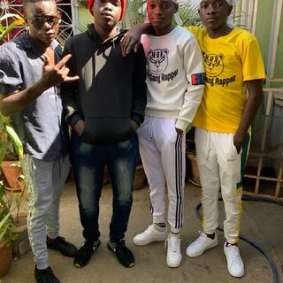 New Gang Rapper Ngr -vê lá