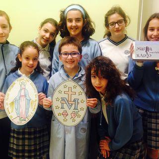 Narración de la Aparición a Santa Catalina por alumnos de primaria.