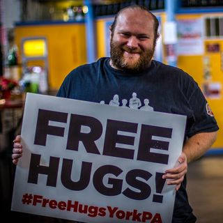 "John Beck, York's ""free hugs guy"" (Neighbors of Our York, Episode 1)"