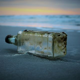 Message in a bottle - Magari