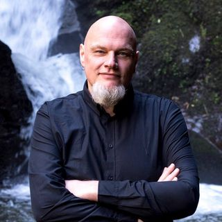 KOTN- Interview w/ Wilmar Taal, Author of The Silent Listener and The Gnome Manuscript