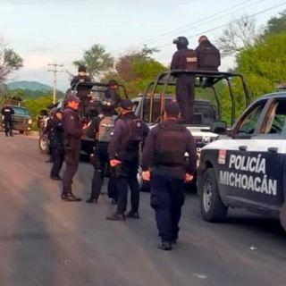 Policía de Michoacán, mantiene por segundo día el operativo en la vía Apatzingán-Aguililla