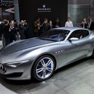 #bg Maserati sfida Tesla
