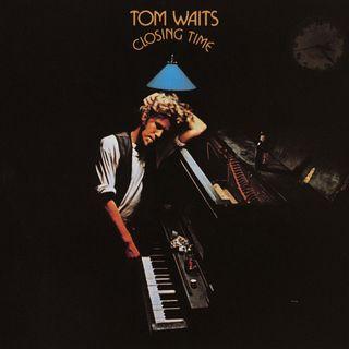"""Parliamo di Tom Waits e della sua canzone """"I Hope That I Don't Fall In Love With You"""" del 1973."""