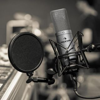 LA JEFA RADIO XHLB (10-MAYO-2020)