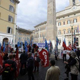 "Gkn, il tribunale di Firenze blocca i 422 licenziamenti: ""Condotta antisindacale"""