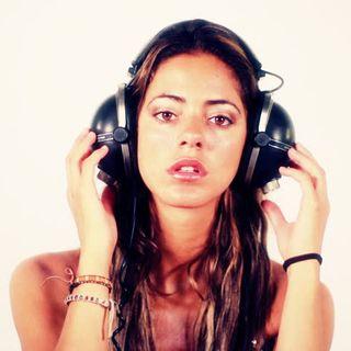 Easy Listenin' w/DJ Quitterdan!