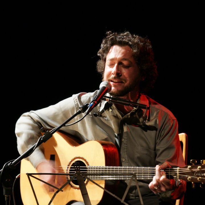 Carlo Pestelli presenta il suo disco Aperto per Ferie al Folk Club di Torino