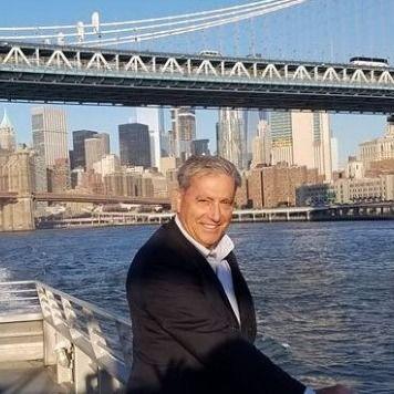 Larry Vecchio - Founder of Homesin Community