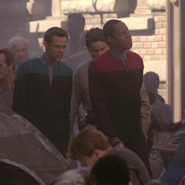 "142: DEEP SPACE NINE's ""Past Tense"" with Will Nguyen, the Star Trek Communist"