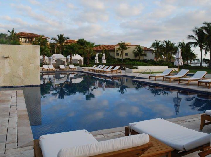 Hotel St. Regis Punta Mita y Australia como destino para mexicanos emprendedores
