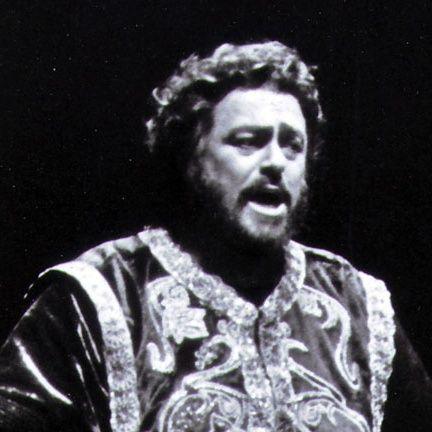 L'opera 36 - G. Verdi  Il Trovatore - Pavarotti - Sutherland - Wixell - Bonynge