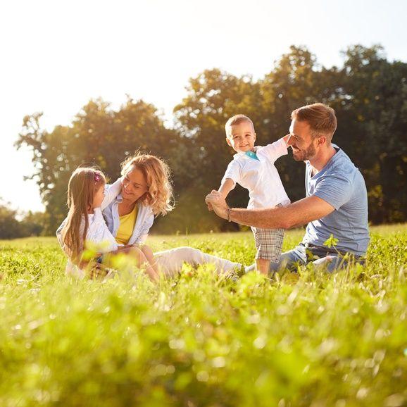 Fecondazione eterologa: per essere padre non sono i geni a contare, ma l'amore e la vicinanza