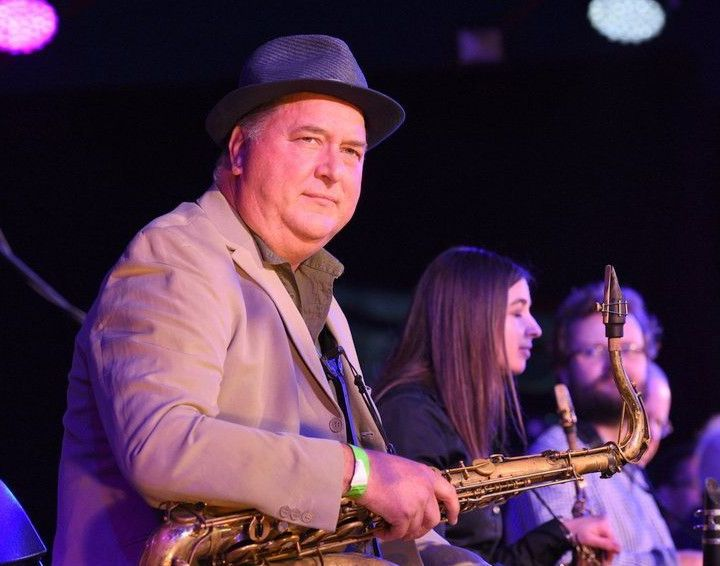 JAZZ CAVERN with FRANK GRIFFITH