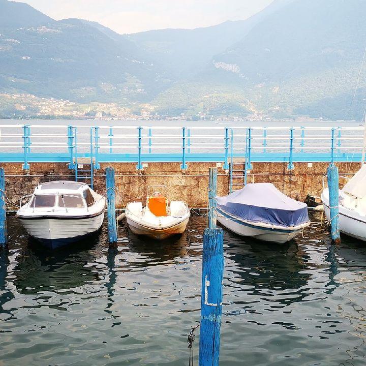 Episodio 36 - L'accento del posto, la simpatia dei cassieri, la gita al lago. E l'Italia è confusa.