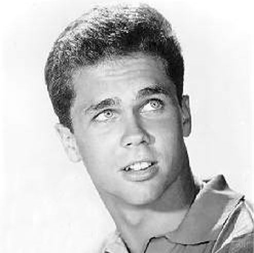 """Tony Dow (Wally) from"""" Leave It To Beaver"""" and now sculptor"""
