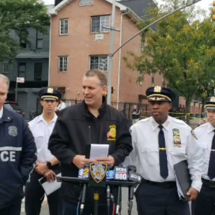 Mueren cuatro personas en un ataque en Brooklyn
