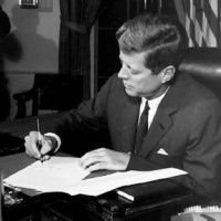 Firmas presidenciales y falsificaciones