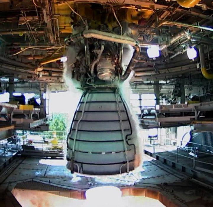 AstronautiCAST 14×15 – RS-25 E gli amanti della cabala