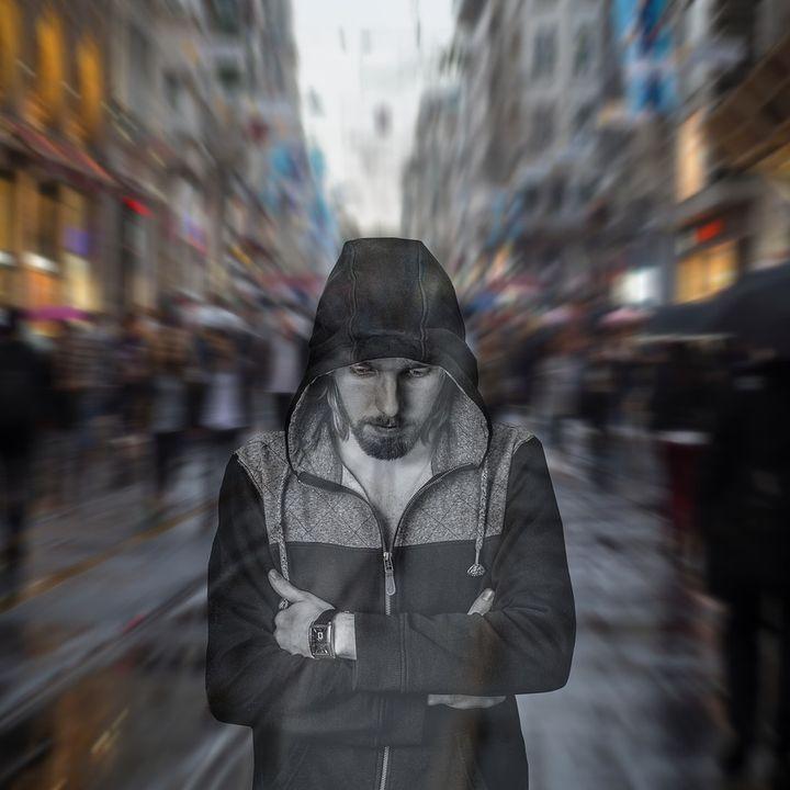 La solitudine fisica e quella psicologica