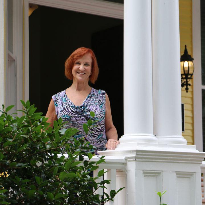 Azalea Inn and Villas in Savannah - Teresa Jacobson on Big Blend Radio