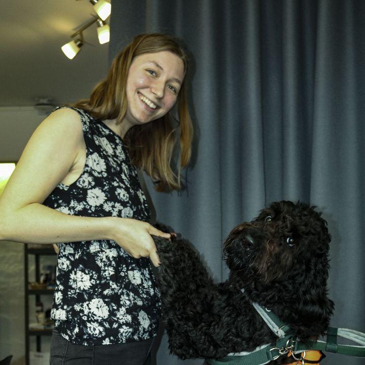 Tema - Kæledyr - Besøg af Hanne, Clara & Servicehunden Tjalfe - 17.12.2020
