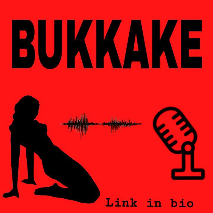 Bukkake sulla spiaggia di Cap d'Agde.